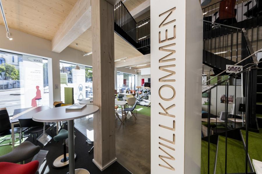 Janik Leipzig Ergonomische Büroeinrichtungen, Bürostühle und ...
