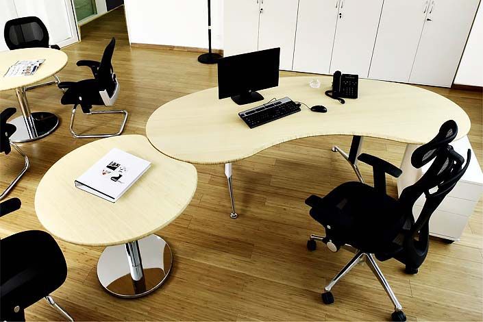 vital office ergonomie h henverstellung und feng shui tischformen. Black Bedroom Furniture Sets. Home Design Ideas