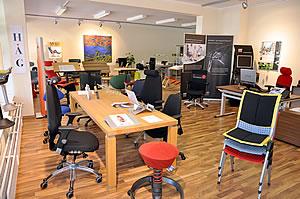 dreieck delmenhorst bremen b rost hle schreibtische. Black Bedroom Furniture Sets. Home Design Ideas