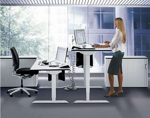 steh sitz schreibtische leuwico spine mit elektrischer. Black Bedroom Furniture Sets. Home Design Ideas