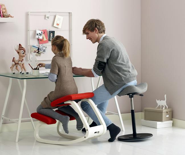 varier ehemals stokke kinderstuhl variable bildseite. Black Bedroom Furniture Sets. Home Design Ideas